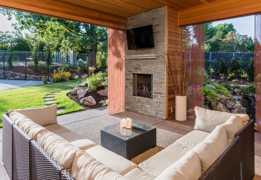 swap-the-living-room-for-the-patio-with-outdoor-entertainment